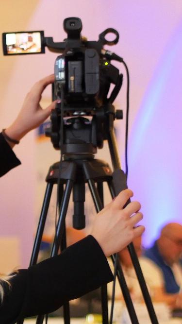 Pressekonferenz-broadcast